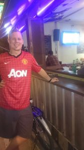 Watching Manchester United game at Downunder Pub
