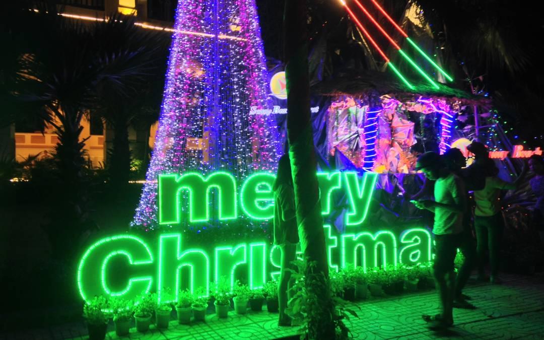 Our Way to Celebrate Christmas in Mui Ne Beach