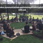 Joka sunnuntainen puistomeditointipiiri Chiang Maissa