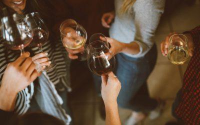 Osaavatko suomalaiset juhlia sivistyneesti?